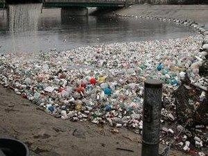 Floating plastic