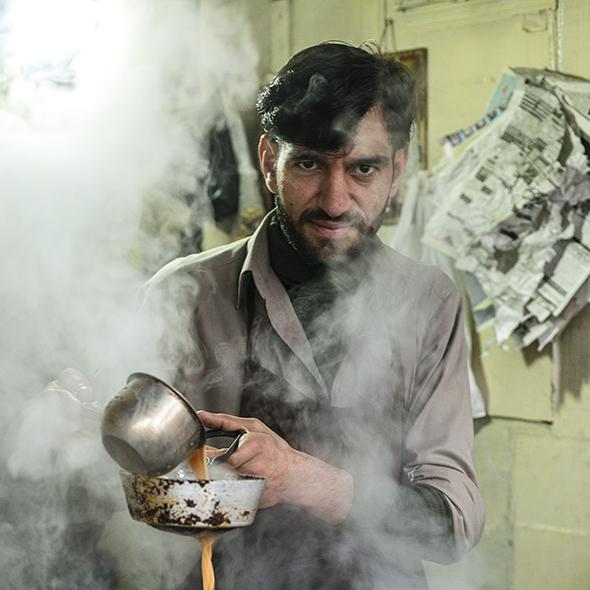 Steaming milk tea Rawalpindi