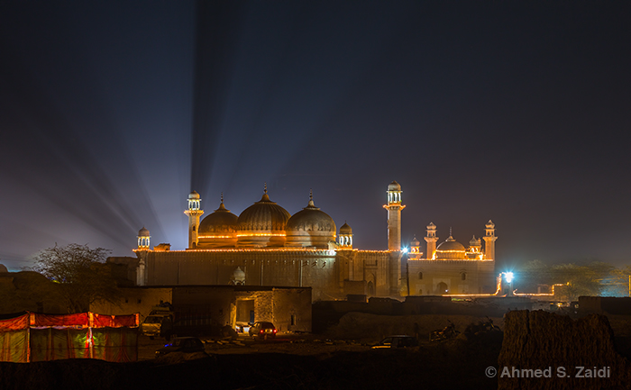 Abbasi Mosque night lights