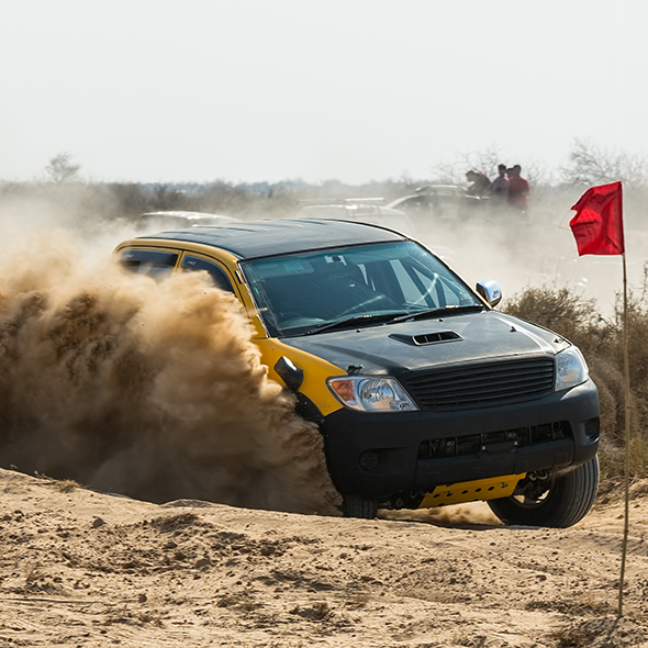 Cholistan Desert jeep rally dust