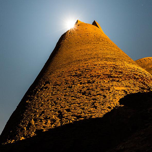 Cholistan Derawar Fort moonlight