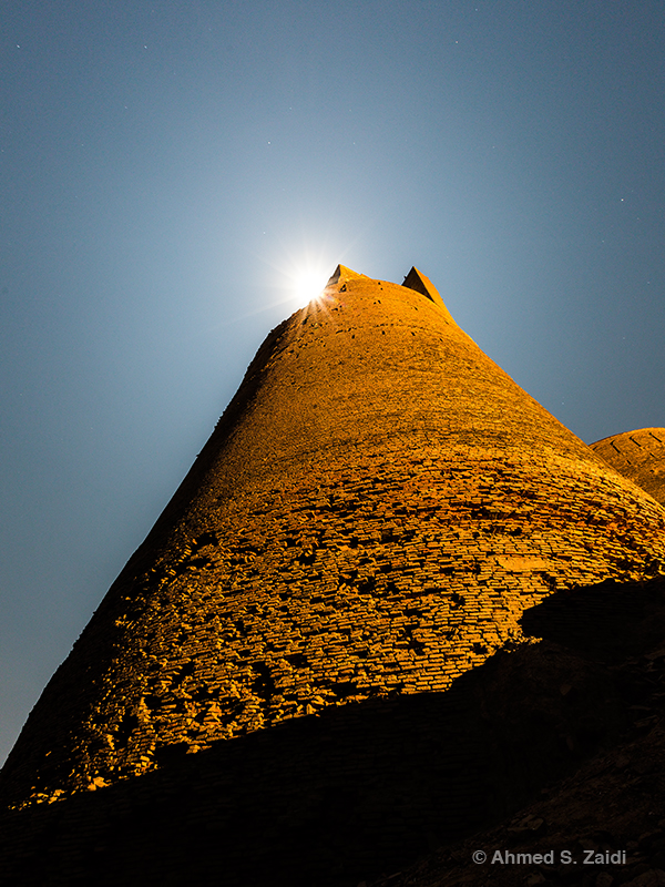 Derawar Fort lunar beacon in Cholistan