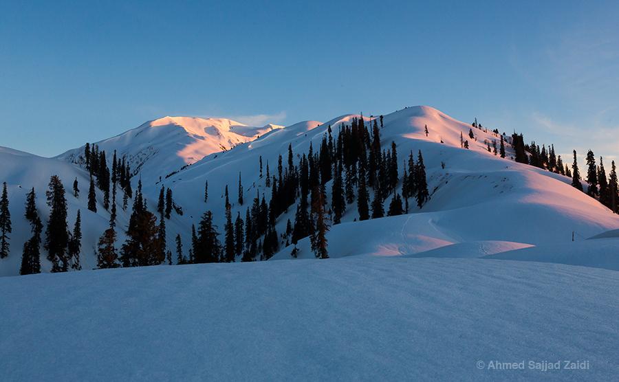 Makra Peak dusk