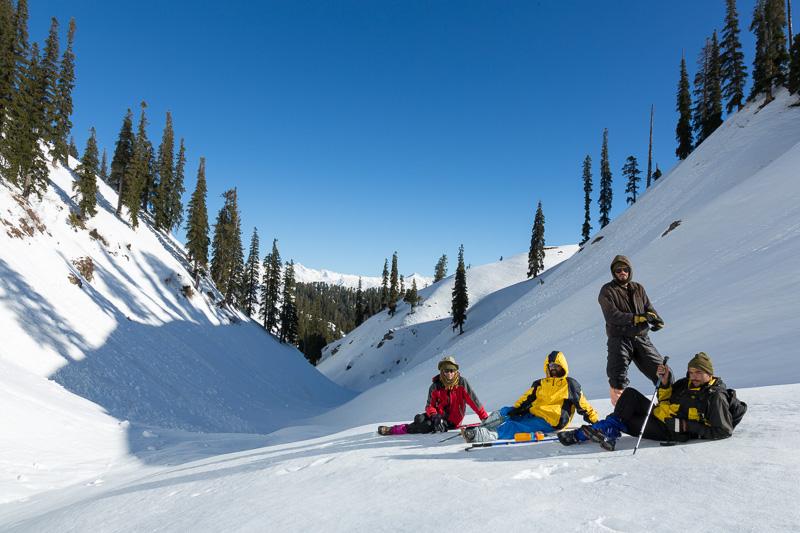 Makra Peak valley winter team