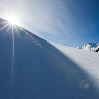 Snow Flare at Makra and Paye